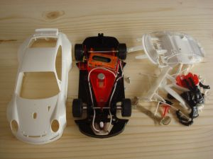 NSR Porsche 997 RSR GT3 kit con carrozzeria bianca,  AW e motore King EVO 21K