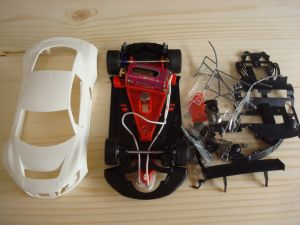 NSR Audi R8 LMS GT3 kit con carrozzeria bianca, AW e motore King EVO3