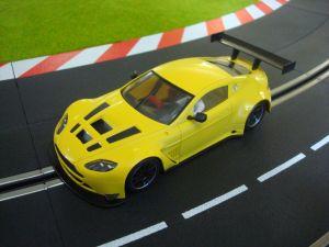 NSR Aston Martin Vantage GT3 Test Car gialla, Triang AW e motore King EVO3