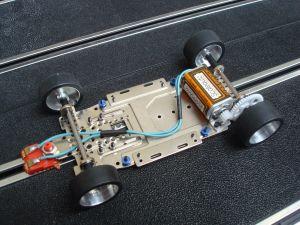 Scaleauto telaio completo R2 assemblato e pronto per correre
