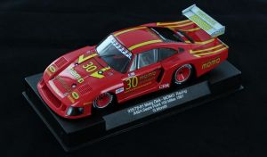Sideways Porsche 935/78-81 'Moby Dick' Momo - Imsa Sears Point 100 miles 1981 - pilota: Giampiero Moretti