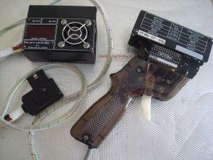 Kopriwa pulsante elettronico con relay e freno variabile. Per ogni tipo di motore. Ottimo stato. 12 chip resistenze