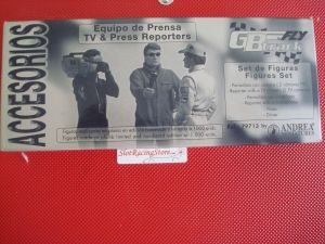 FLY confezione con pilota, reporter TV e giornalista in piombo da dipingere - edizione numerata e limitata di 1000