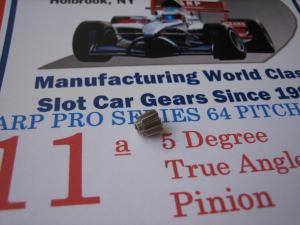 ARP pignone 11 denti, modulo 64, 5 gradi di angolazione, foro 2 mm