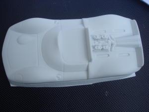 "Betta 1/24 Lotus 40 (1966), in plasticard bianca da .030"" di spessore. Da dipingere all'esterno."