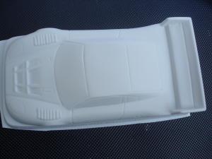 "Betta 1/24 Aston Martin DBR9 LM (2005) in plasticard bianca da .030"" di spessore. Da dipingere all'esterno."